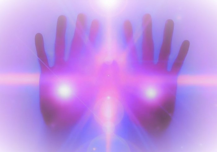purple-reiki-hands-3