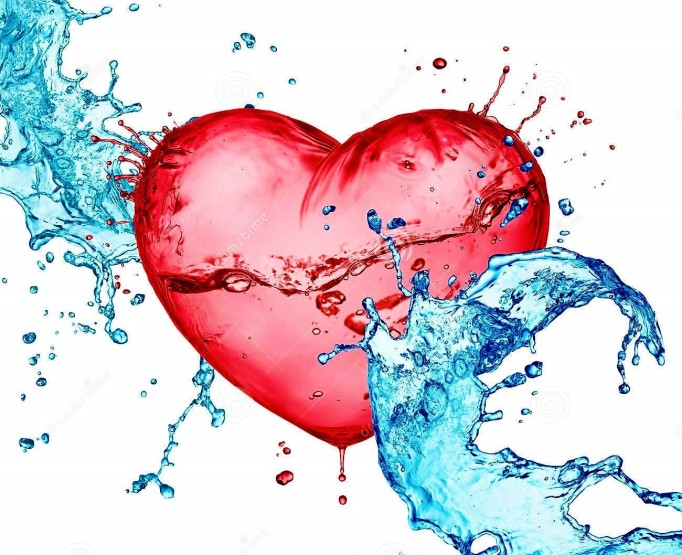 love-heart-water-splash-29150479-2